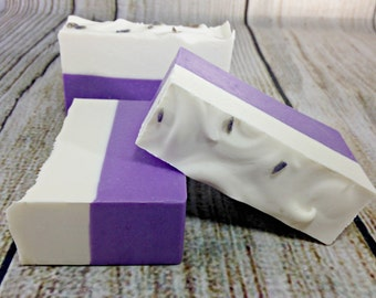 Lavender Soap / Vegan Soap / Floral Soap / Travel Size / Handmade Lavender Soap /  Essential Oil Soap / Natural Soap /  Gift Soap