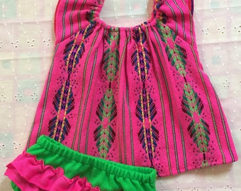 Beautiful  tradicional mexican  baby bloomer and topperfect for first birthday spring summer