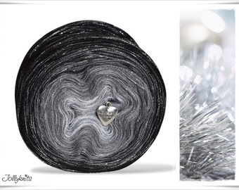 Gradient Yarn Merino Black Christmas with Glitterthread 750m