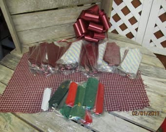 """Huge Lot of 35 Extra Large 8"""" Pull Bows for Crafting & Gift Wrap Bonus 11 Small Pull Bows"""