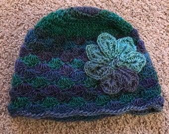 Crochet Shell stitch beanie with flower