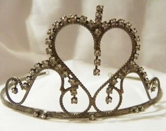 Vintage Head wear ~ Tiara ~