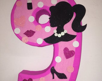 Barbie pinata inspired, barbie silhouette pinata, barbie birthday party. Barbie party supplies. Barbie party decoration
