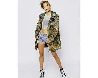 Vintage women's Oversized German army camouflage parka camo retro military jacket