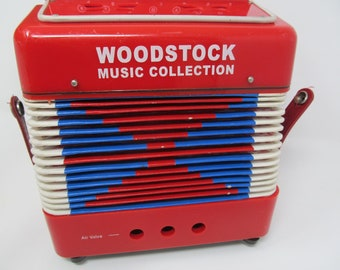 Accordian - Woodstock Music Collection Music Box
