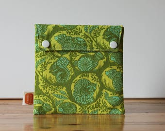 Reusable sandwich bag, reusable snack bag, fabric bag with Green-animals print [#181], eco friendly, no waste lunch, ProCare, washable bag