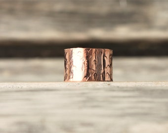 Textured Copper Cuff Thumb Ring | Boho Thumb Ring | Copper Band | Adjustable Thumb Cuff | Polished Copper Ring | Pictured in Sizes 6 to 8