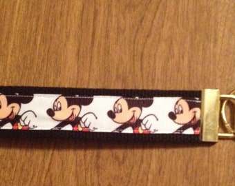 Mckey Mouse Wristlet Key Chain Zipper Pull