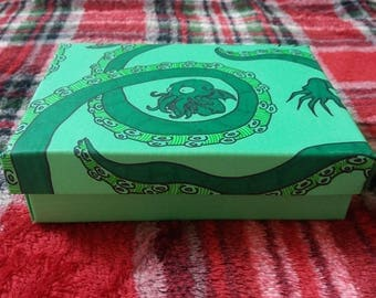 Cthulhu gift box  H. P. Lovecraft Myth  Weird Tales