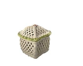 Vintage Portugal Pottery Heart Shape Covered Dish    Basketweave Ceramic Heart Shaped Nan Freitas Imports    Vintage Ceramic Basket Bowl