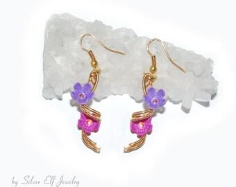 Spring Spiral Earrings, flower earrings, wire wrapped earrings, dryad earrings, dangling earrings, elegant flowers, Spring earrings