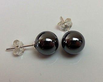Sterling Silver 8mm Hematite Stud Earrings.