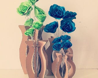 Cardboard vases to assemble