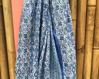 Sarong in hand block print cotton