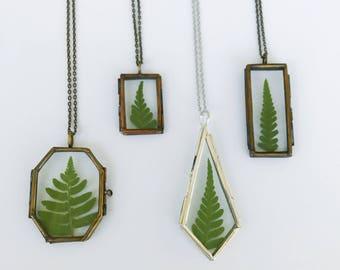 Forest Fern Glass Locket Necklace / Fern Locket / Fern Necklace