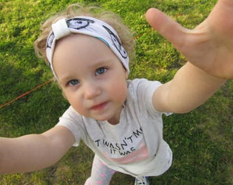 Baby headband. Baby shower gift. Newborn headband. Ready to ship.