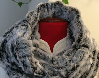 Light gray faux fur infinity scarf, winter warm scarf