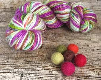Hand Dyed, Bluefaced Leicester Roving Yarn, Wool, DK, Indie Dyer, Multicolored, 100g, 150m ilovepinkgeraniums, British Yarn
