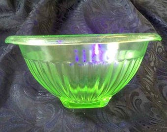 Vintage Ribbed Vaseline Glass Small Serving Bowl with Square Base - Made in USA - 1940's