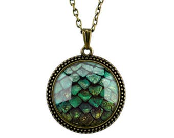 Promotion Price Game of Thrones Vintage Retro Gemstone Pendant Necklace with Dragon Scale Pattern