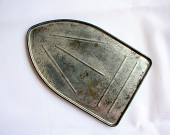 Iron Shield, Ballanoff Iron Rest, Vintage Iron Shield, Vintage Ironing, vintage clothes care,