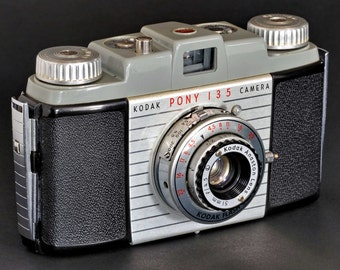 Kodak Pony 135 Camera w 51mm f/4.5 Lens 35mm Camera MiNTY !