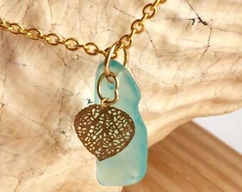 Beach Glass Pendant, Sea Glass Jewelry, Sea Glass Necklace, turquoise Beach Glass, Sea Glass Pendant, Turquoise Jewelry, Gold Jewelry, Charm