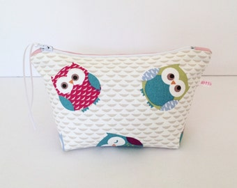 Make Up Bag, Owls & Pink Dotty Make Up Bag, Cosmetic Bag, Pouch, Hair Accessories Bag, Owls Purse, Handbag Tidy, Gift for Her, Cute Owls