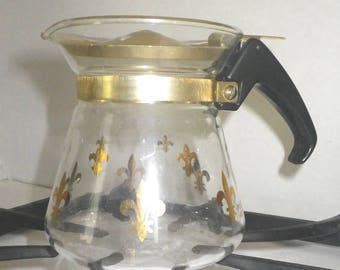 Vintage Pyrex 4 Cup Coffee Carafe with Gold Lid in Gold Star Pattern