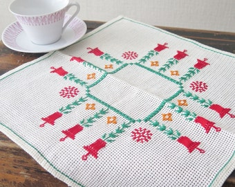 Vintage Embroidered Table Napkin Swedish Retro Christmas Embroidery, Scandinavian Vintage Christmas Small Table Cloth Green Red Bells #3-12