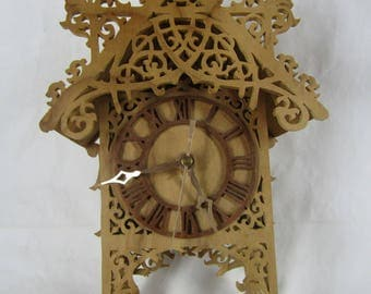 CLEARANCE Fretwork wood clock not currently working