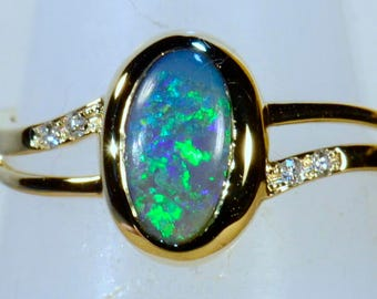 Hand Made Solid 18ct Yellow Gold Solid Lightning Ridge Australian Black Opal & Diamond Ring (14300)