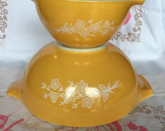 Vintage Pyrex Cinderella Bowls  Pyrex Butterfly  #P122106-10