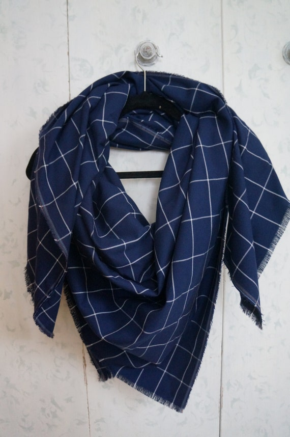 Plaid Blanket Scarf Navy and White Classy/Dressy
