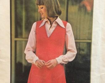 Butterick 3866 vintage 1970's misses A-line jumper sewing pattern size 14 bust 36
