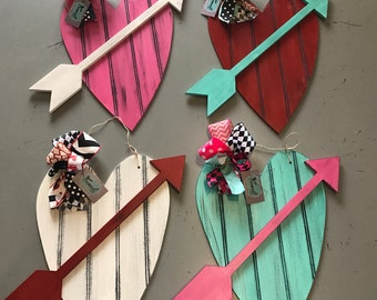 Valentine's Heart Door Hanger Bead Board Heart + Arrow, choose your colors, Wood Cut out