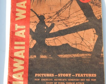 Hawaii at War 1942 Honolulu Star-Bulletin Magazine WWII Pictures Stories of Pearl Harbor Attack, Compiled From Official Sources, Militaria