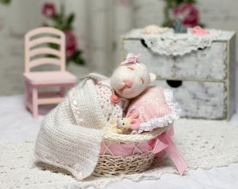 Toy mouse. The doll with clothing. Accessories. Handmade.