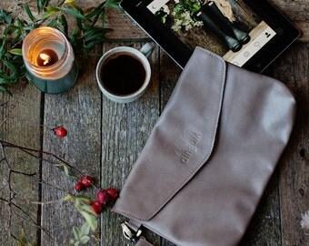 Leather clutch bag/ evening bag/ leather cluth/ envelope clutch/ occasion bag/ wristlet bag