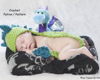 crochet PATTERN Baby Dragon hat, Crochet Pattern in English and French, Dragon with its tail for shooting photo new born