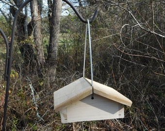 Suet Bird Feeder,Cedar Bottom Feeder,Cable Hanging Suet Feeder