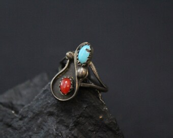 Sterling Silver Old Pawn Navajo Ring with Turquoise and Coral, Turquoise and Coral Ring, Small Turquoise Ring, Native American Jewelry