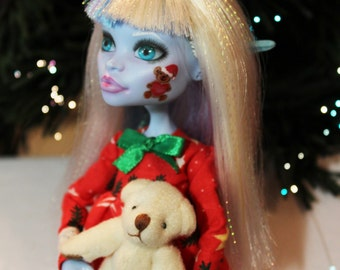 "Monster High Custom Repaint Art doll OOAK Abbey Bominable ""Christmas elf"""