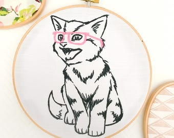 Hipster Cat  | Wall Art | Cat Lover | Hoop Art | Embroidered | Home Decor | Funny Gift | Housewarming Gift  | Cloth and Twig