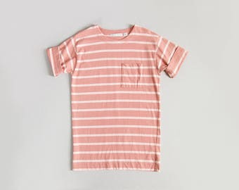 vintage 90s striped t shirt / short sleeve stripe cotton top / blush pink and white / womens S - M