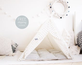 Dog tent - white with grey polka dots (Large size) Oh yes, FREE shipping!