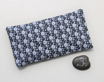 Yoga Eye Pillow: Organic cotton