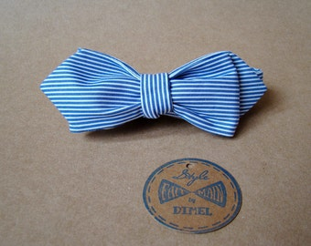Man woman in striped adjustable self-tie bowtie