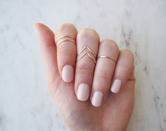 Rose Gold Knuckle Rings// Midi Ring, Stacking Ring, Band Style, Chevron, v shaped ring, Adjustable,Rose Gold Ring Wire Rings, Gift, Set of 5