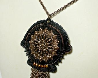Soutache necklace with central rose window